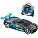 Iconic Hot Wheels styles with full-function R/C  driving and a turbo mode and light-up engine for  high speed R/C fun! Each style of Nitro Charger  operates on it's own channel, allowing 4-way head  to head racing.  Age  6+.