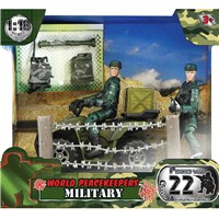 Military Figure with 22 articulated points. Includes motorbike, wired fencing and various accessories.2 assorted.  Height 9.5cm  1:18  scale. Age 3+.